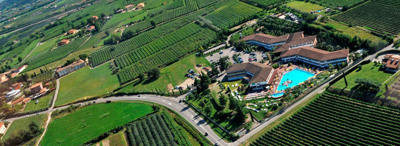 Hotel-Gardesano-overview
