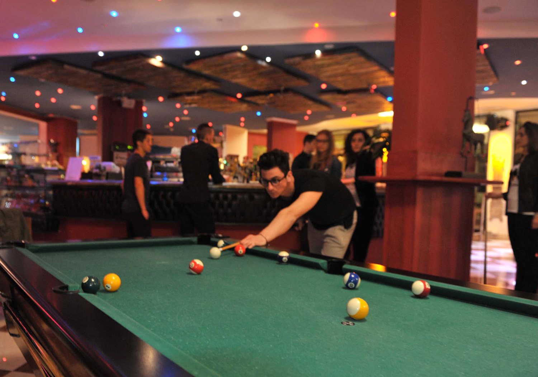 Hotel-Gardesano-poolbord