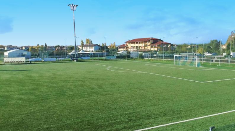 Neue Fußballanlagen